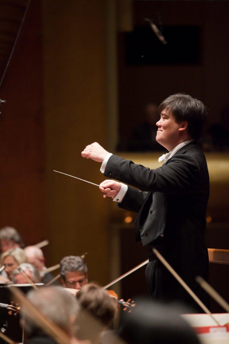 Alan Gilbert (Conductor, Violin) - Short Biography